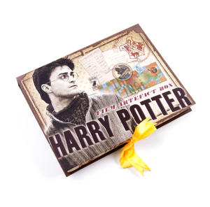 Harry Potter Film Artefact Box - A Trove of Replica Harry Potter Documents and Keepsakes Thumbnail 3
