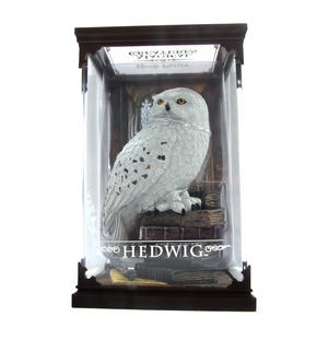 Hedwig - Harry Potter Magical Creatures by Noble Collection Thumbnail 2
