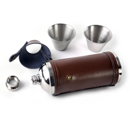 8oz Brown Leather Hunting Flask with Cups
