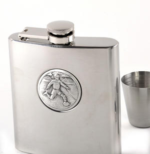 Footballer - 6oz Hip Flask Presentation Football Box Set with Funnel & Two Cups Thumbnail 2