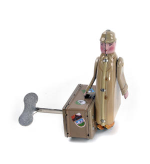 International Man of Mystery  - Classic Clockwork Collector's Toy Thumbnail 3