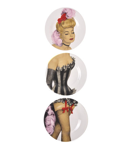 Show Girl Wall Plate Collection - Set of 3