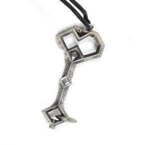 The Hobbit Thorin's Key Pendant On Leather Thong by The Noble Collection Thumbnail 2