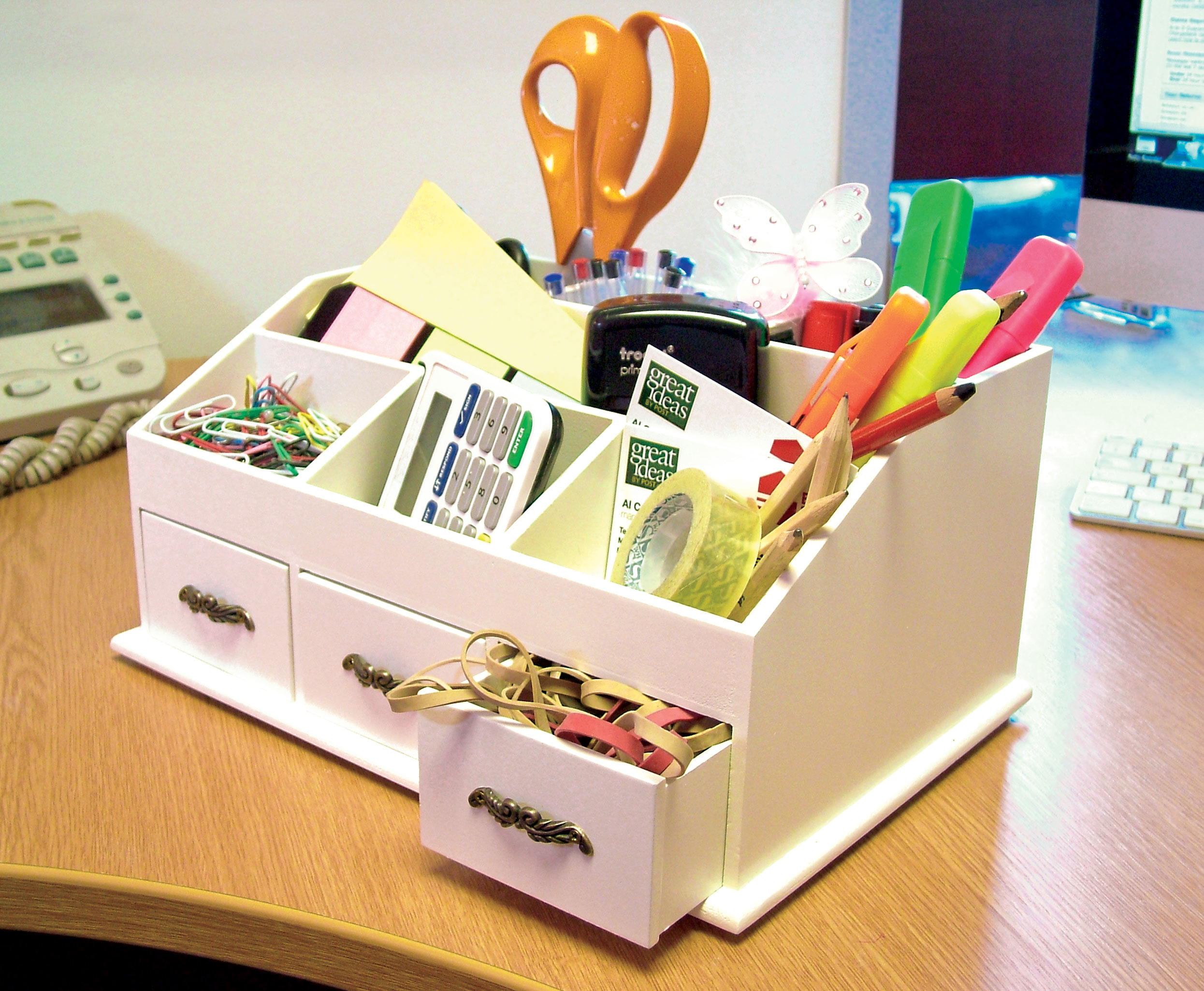 Wooden Desk Tidy / Caddy With Three Drawers And 7 Organiser . Full resolution‎  file, nominally Width 2491 Height 2051 pixels, file with #AC961F.
