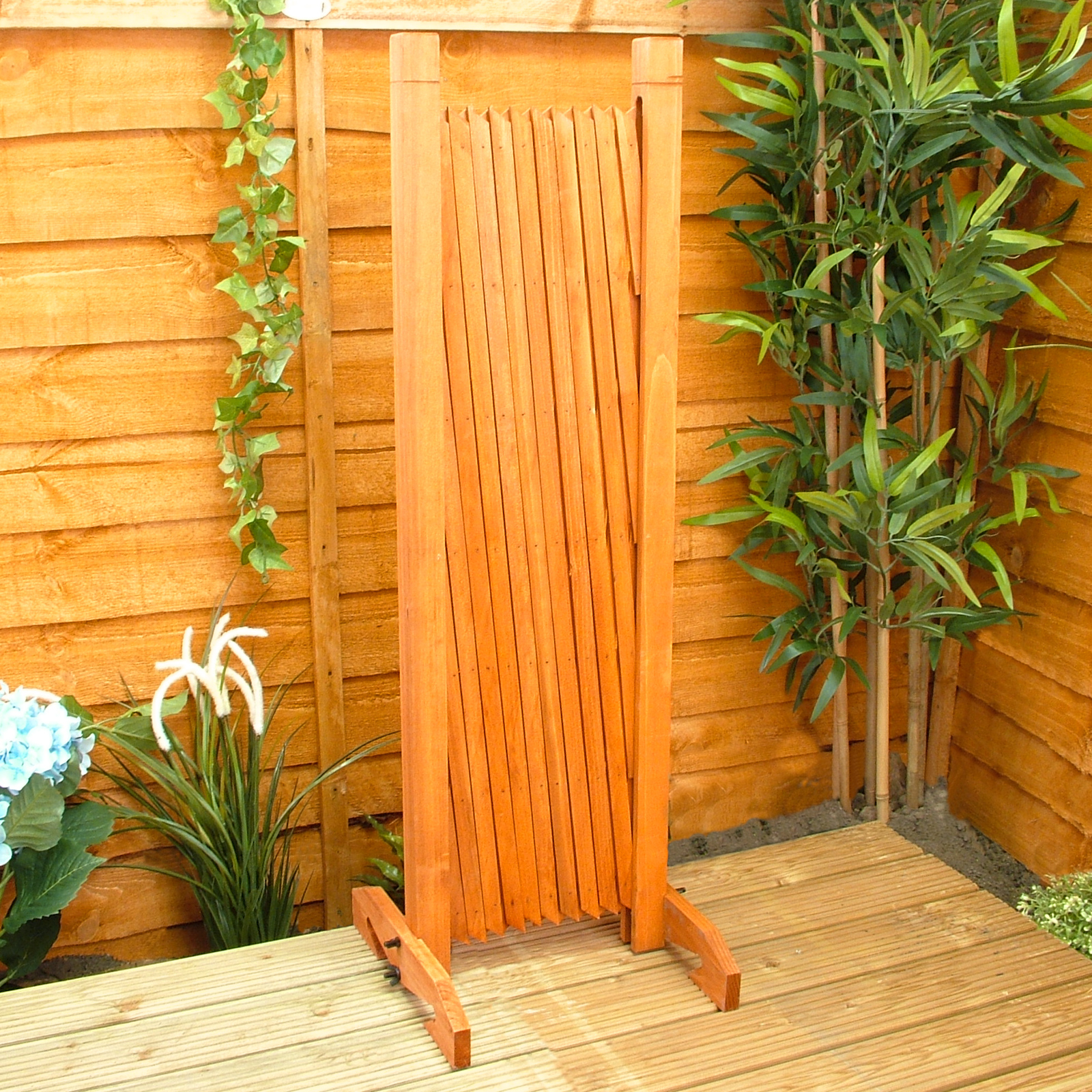 ... Expanding Fence Garden Screen Trellis Style Expands To 6u00272