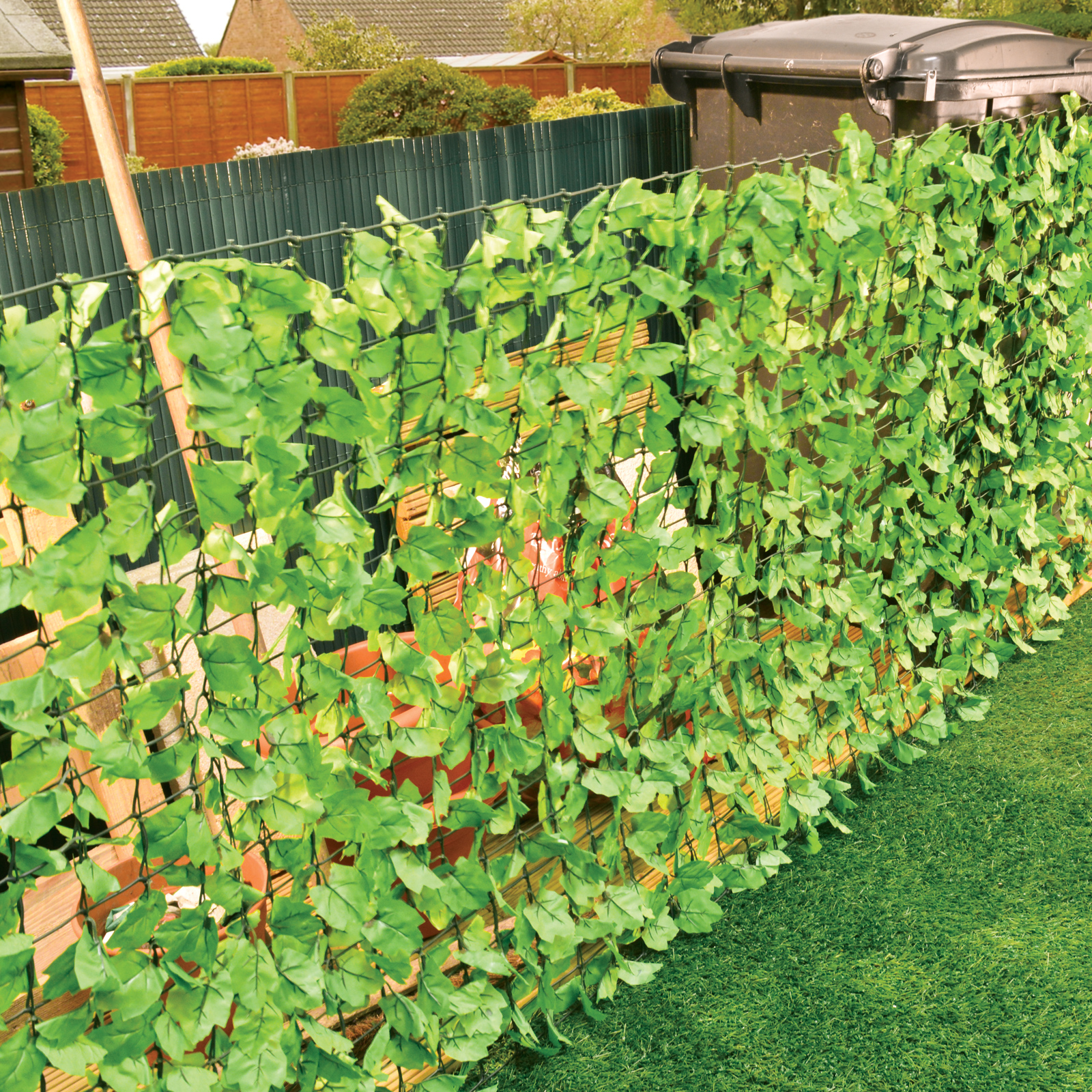 3 Metre Leaf Fence Barrier Garden Divider Decoration Screening Leaves 3m X  1m