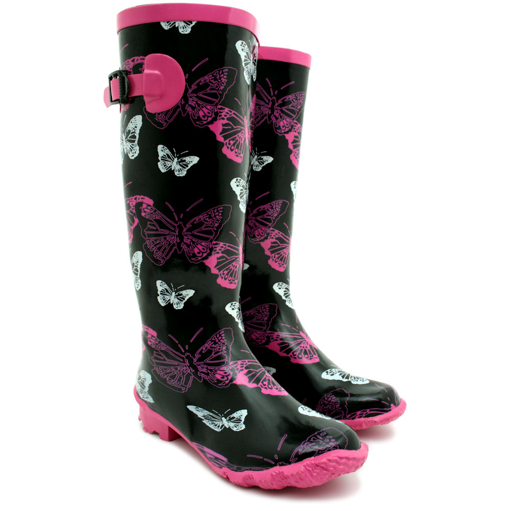 If you love to save money, then you'll love these prices on patterned rain boots!