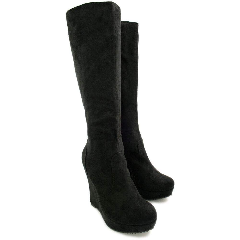 Our Knee High Boots include Gogo Boots, Wonder Woman Boots, Sexy Halloween Boots, Towering Platform Boots, Steampunk boots and more. Most of our knee-high boots are available in women's sizes 5 to size 12 and many are also available in women's sizes 13, size 14 and size