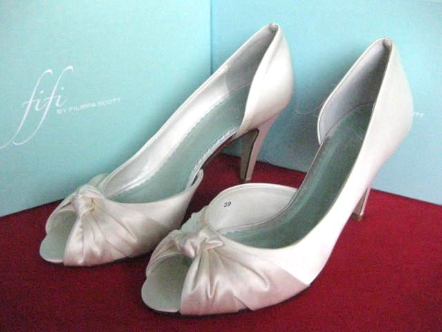 FIFI BY FILIPPA SCOTT BRIDAL SHOES WEDDING LOLA IVORY 37 UK 4 BNIB HEEL PARTY