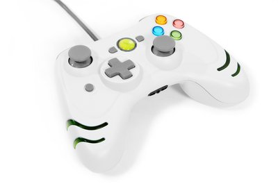 View Item Xbox 360 White Wildfire Turbo Wired Controller