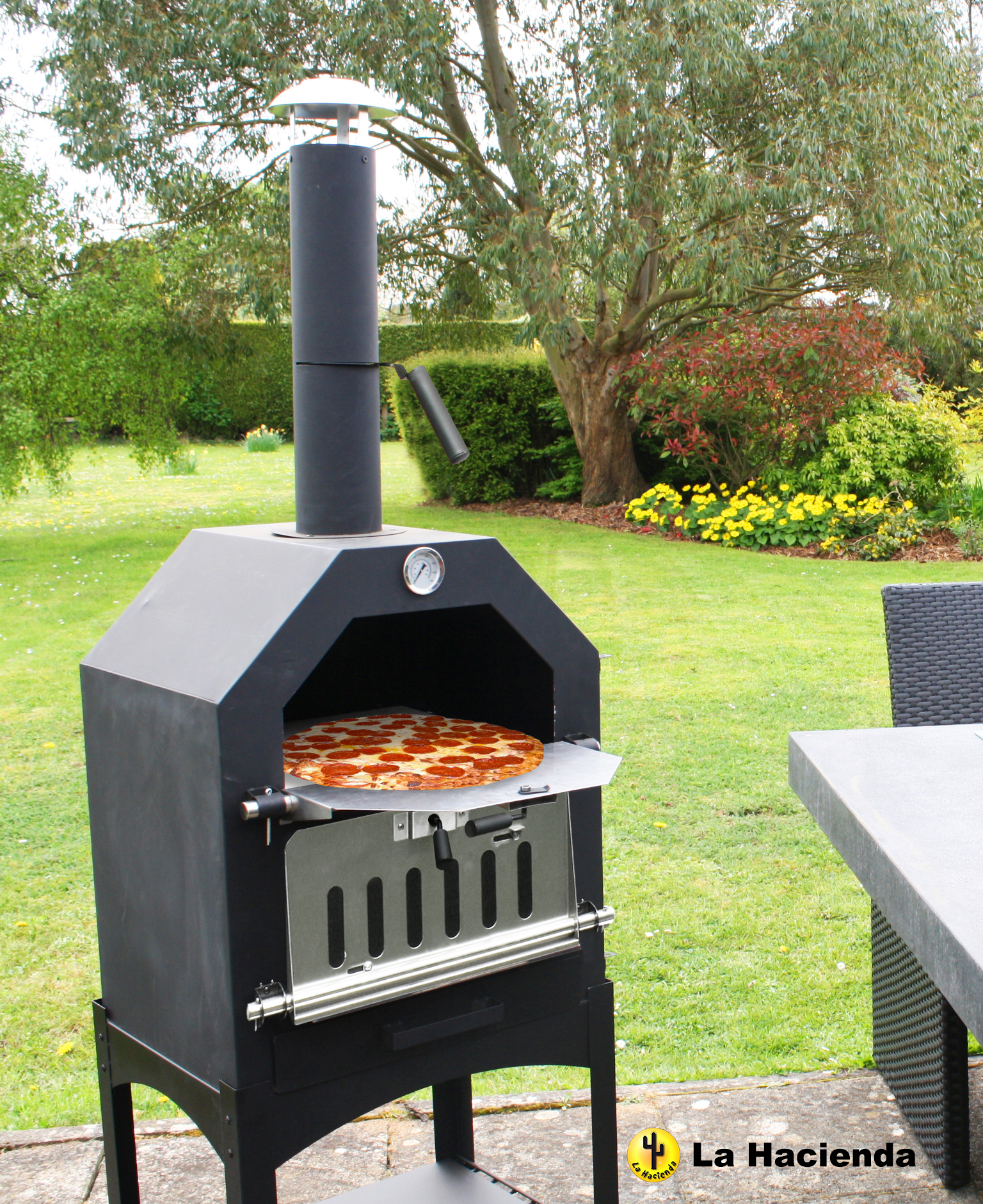 steel pizza oven smoker with pizza stone black. Black Bedroom Furniture Sets. Home Design Ideas