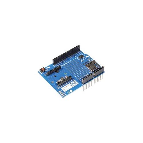 A arduino proto board wireless sd card
