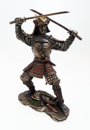 Japanese Samurai Warrior Statue with Two Swords Fight Stance Preview