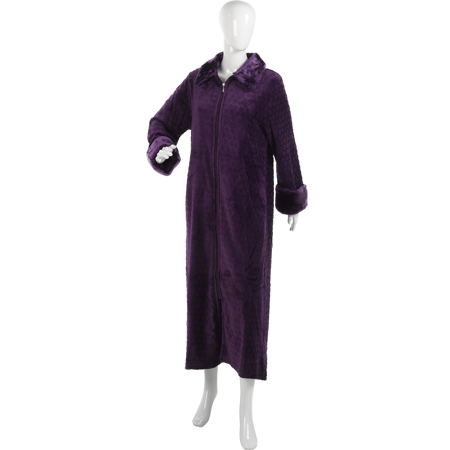 Choose from our ladies' dressing gowns and relax in comfort and style. We select sumptuously soft fabrics for our luxury dressing gowns and featherlight cotton wraps. Whether you prefer a button-through or zipped gown, you're sure to find the perfect thing.