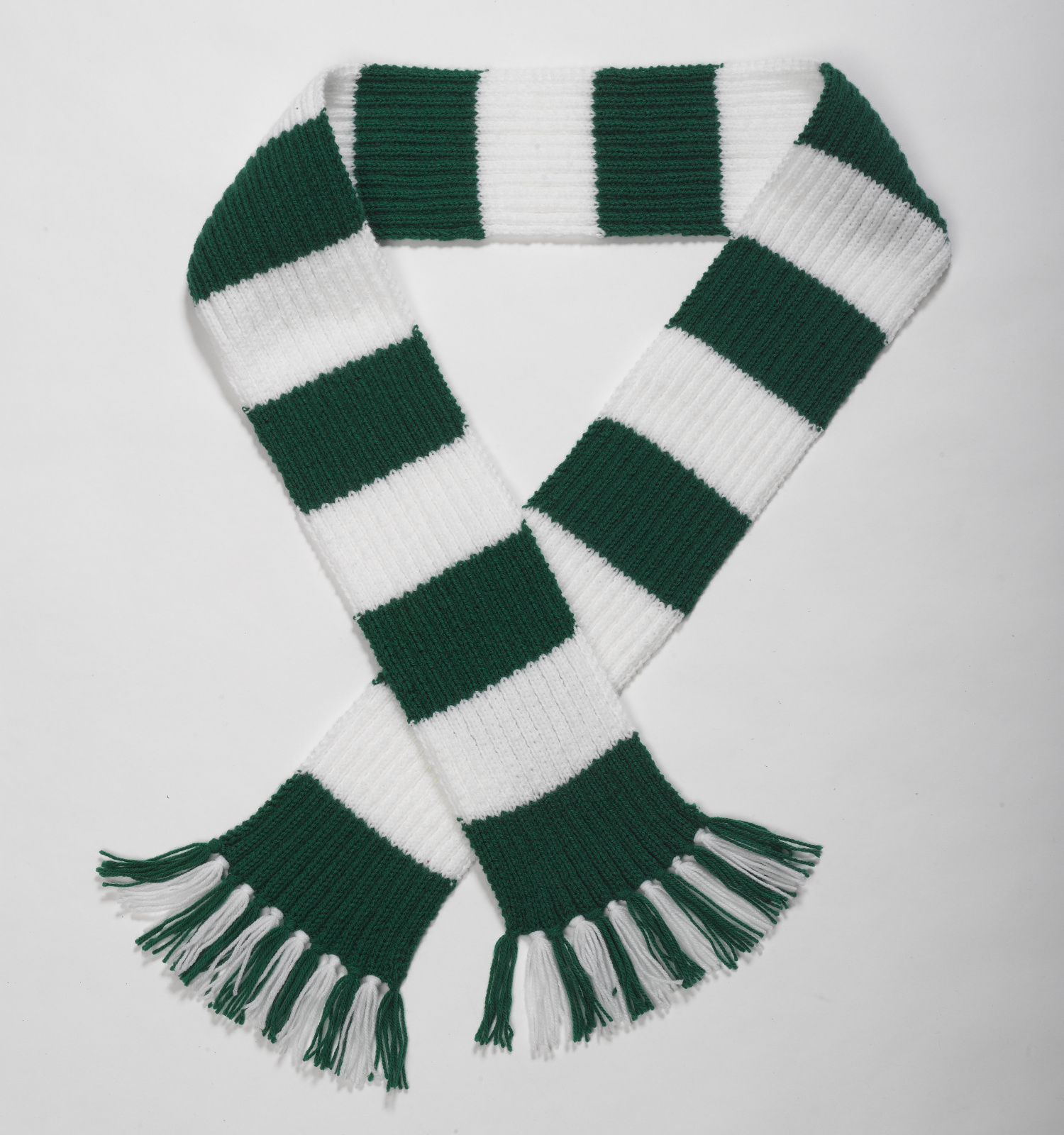 Striped Football Scarf Double Knitting Pattern & Wool Premier League Craf...