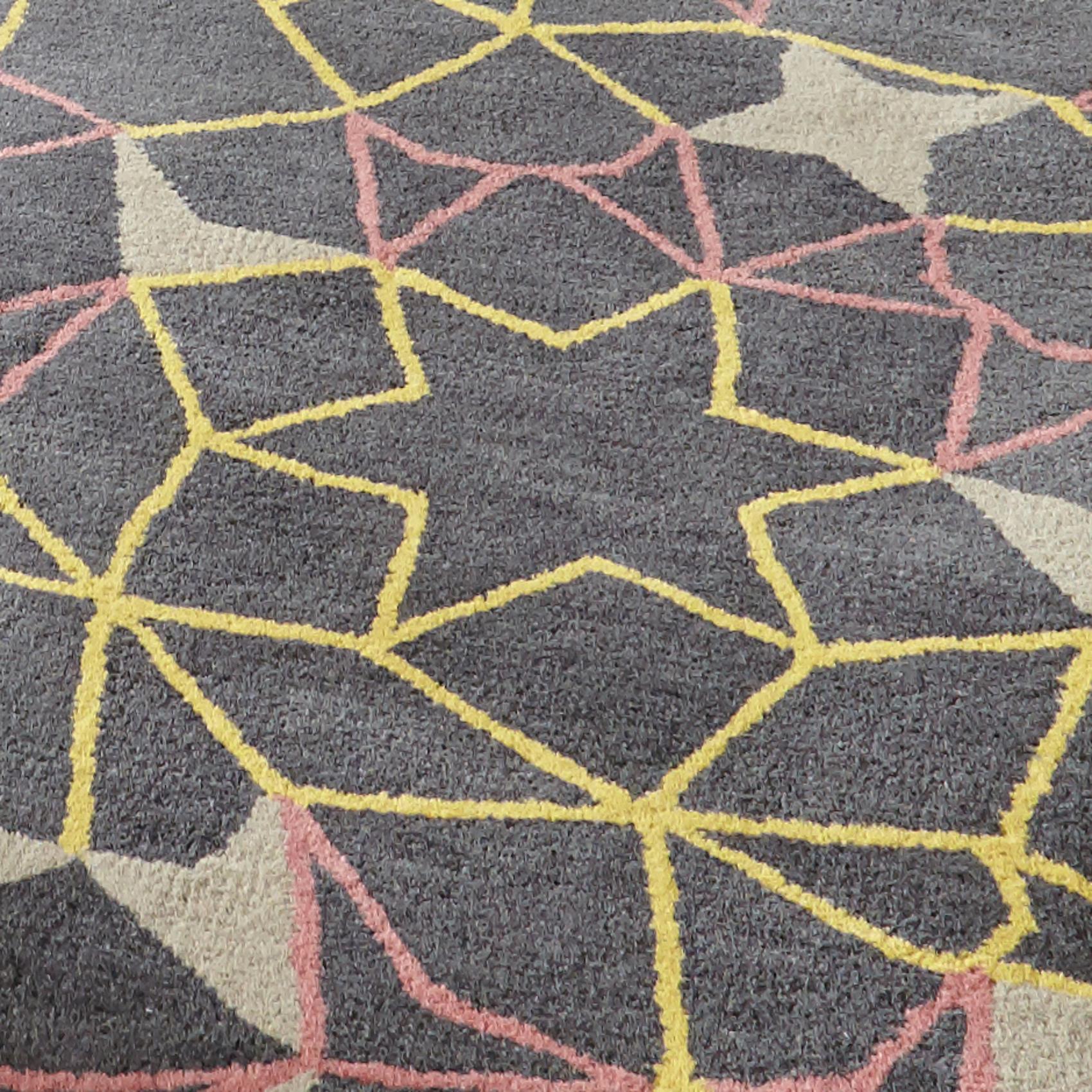 spectrum hand tufted arrows stars rug 100 wool modern. Black Bedroom Furniture Sets. Home Design Ideas
