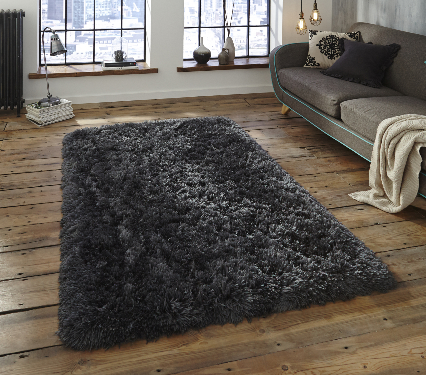 Polar Hand Tufted Thick 8.5cm Shaggy Pile Rug Soft