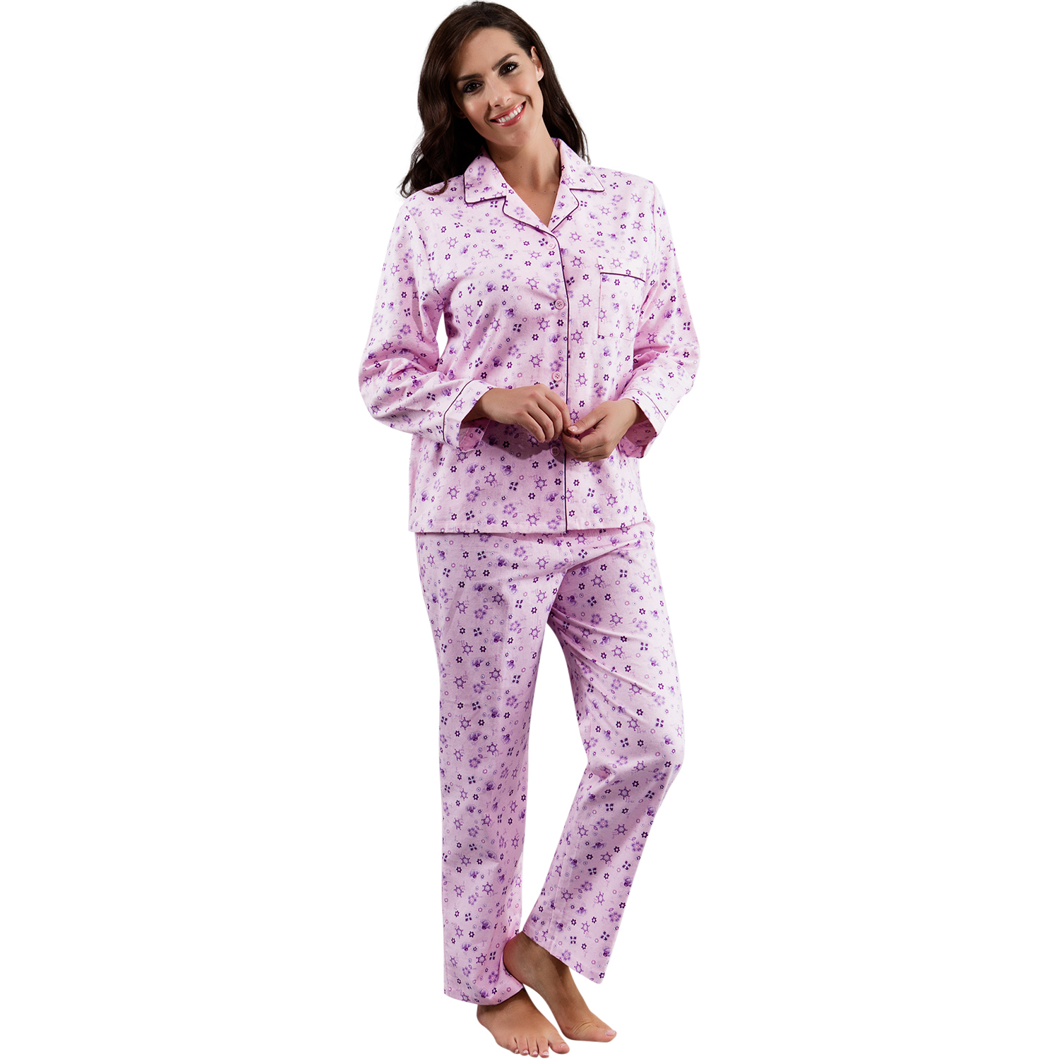 Pajama pants sets, matching tees & shorts sets, and night shirts--Nautica women's sleepwear features whimisical sailing-inspired prints and patterns for that nautical feel, while super soft cotton options keep you cozy whether you're sleeping or simply lounging around.