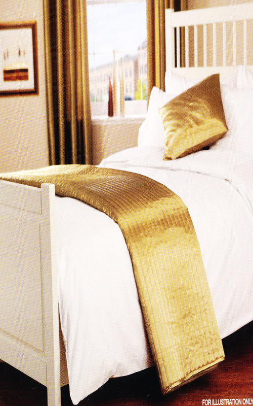 Quilted Satin Faux Silk Look Silk Bed Runner Passion