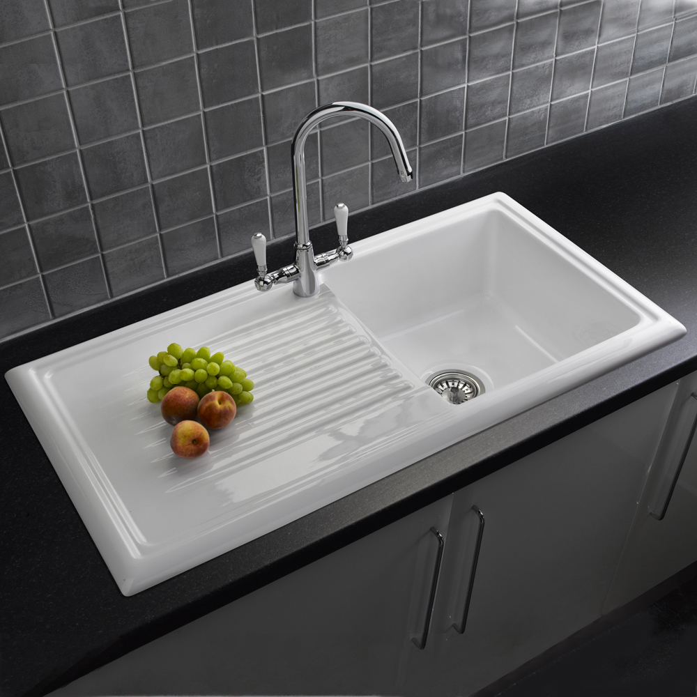 Reginox 1 0 bowl white ceramic kitchen sink waste tap pack for Evier double ceramique