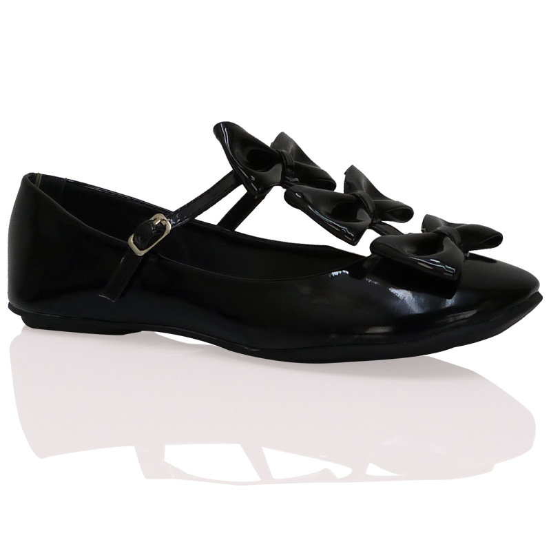 School Shoes: School Shoes With Bow
