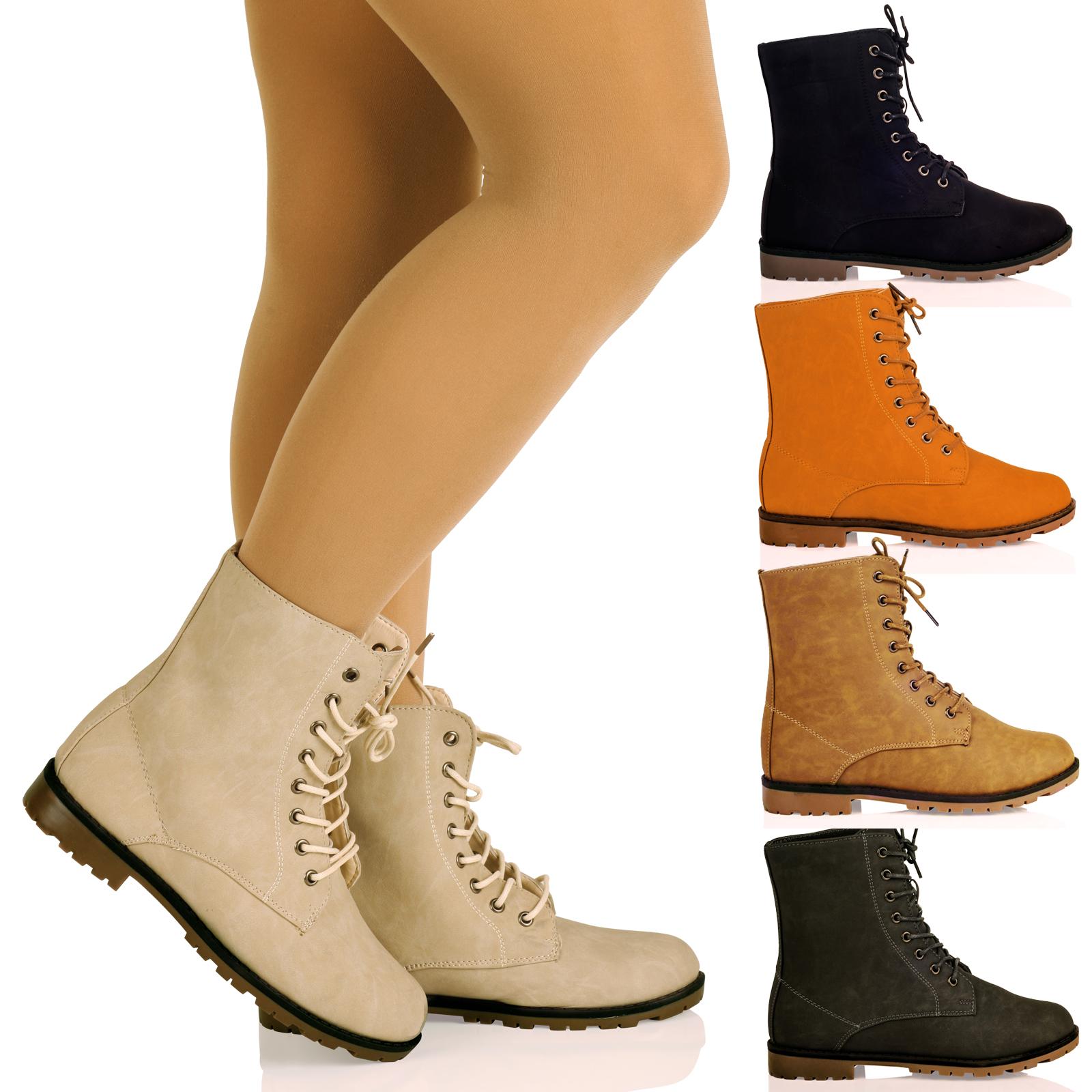 Stylish flat boots for women