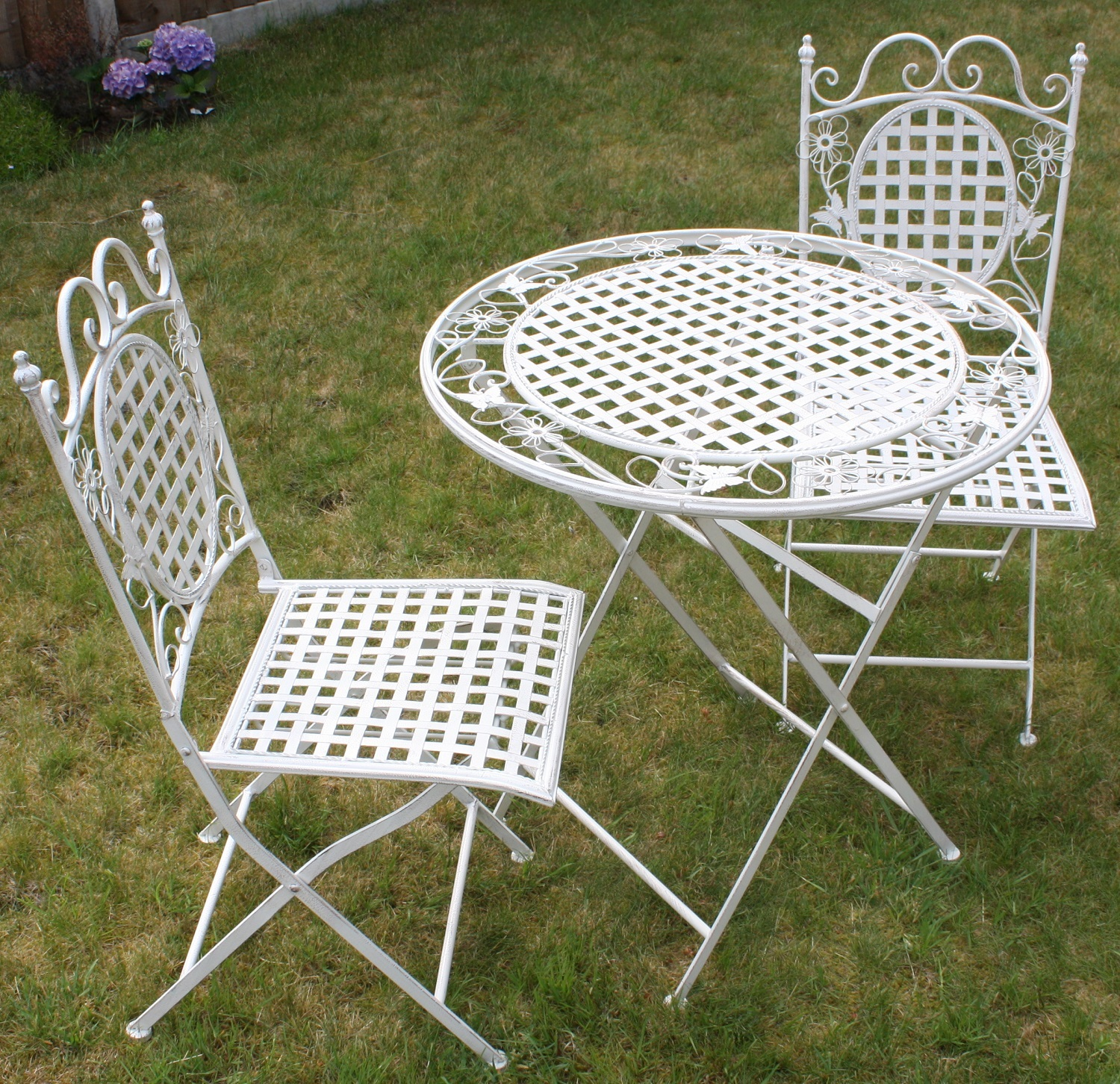 Garden Table And Chairs Set Metal: WHITE FLORAL OUTDOOR FOLDING METAL TABLE AND SQUARE CHAIRS
