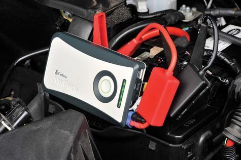 NEW Cobra CPP 8000 JumPack Car Jump Starter Powerbank 6000mAh Phone Charger Thumbnail 2