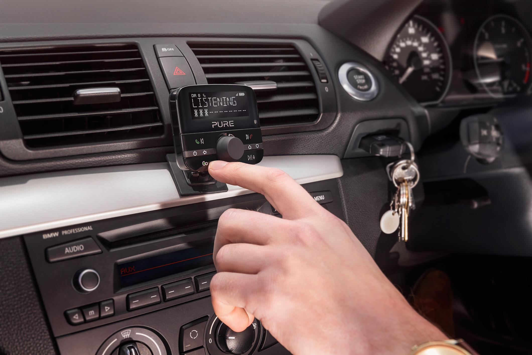 pure highway 600 in car dab digital radio adapter mobile. Black Bedroom Furniture Sets. Home Design Ideas