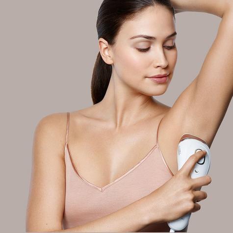 Braun Silk-Expert IPL Hair Removal System & Sonic Body Exfoliator Body & Face Thumbnail 3