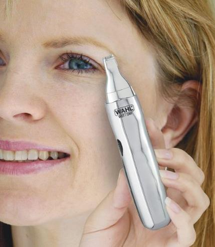 Wahl Dual Head Battery Powered Wet & Dry Nasal Ear Facial Hair Clipper Trimmer Thumbnail 7