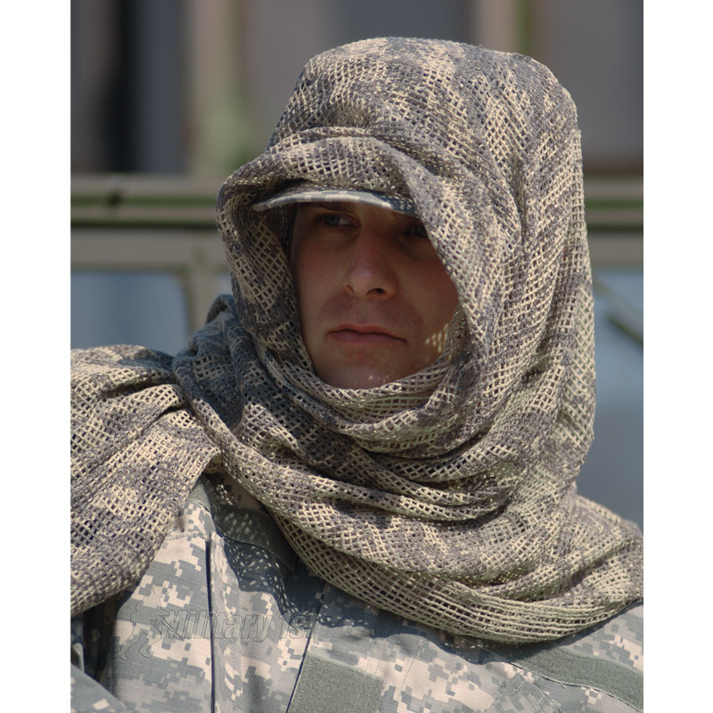 Check out our selection of Military scarves and choose the one that fits you. Whether you need it for fashion or winter wear, we have you covered!