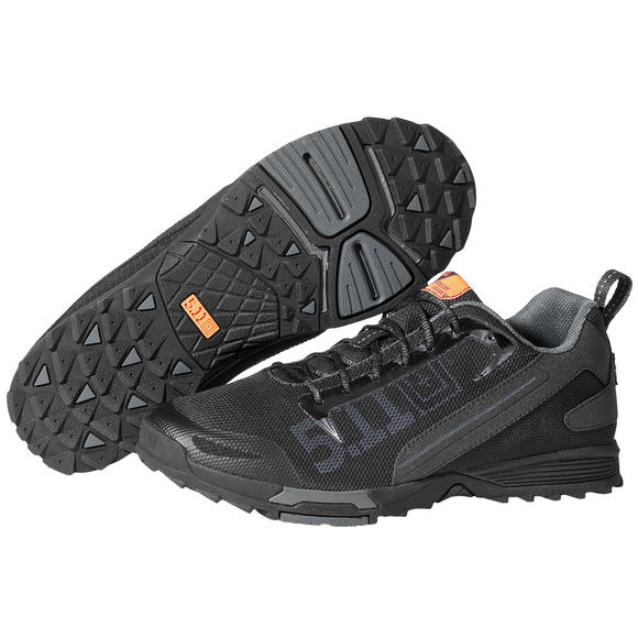5.11 RECON Trainers Black