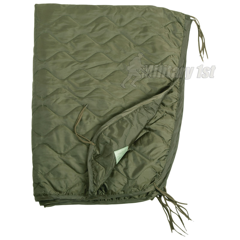 US ARMY PONCHO LINER QUILTED TRAVEL CAR GI BLANKET ...