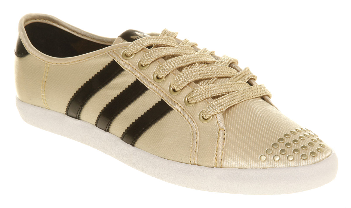 huge selection of bded8 15fc0 adidas adria low