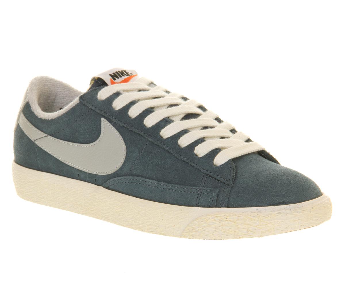 nike blazer low vintage squadron blue grey trainers shoes. Black Bedroom Furniture Sets. Home Design Ideas