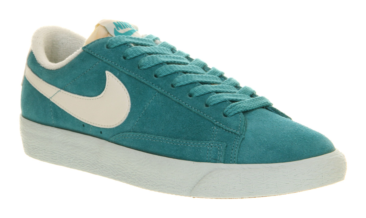 turquoise nike shoes: Shop for turquoise nike shoes on Wheretoget