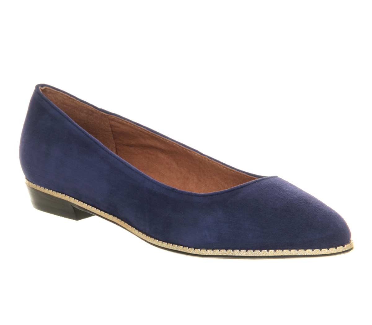 Shop for women's flats with ASOS. Discover our selection of ballet flats, oxfords, brogues, loafers, and flat boots in a range of styles and colors.