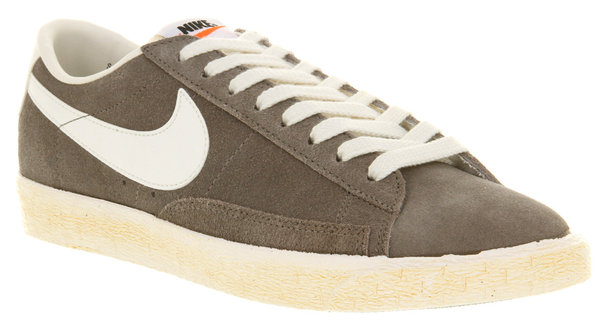 differently 0ed8c de038 Image is loading Mens-Nike-Blazer-Low-Vintage-Soft-Grey-Trainers-