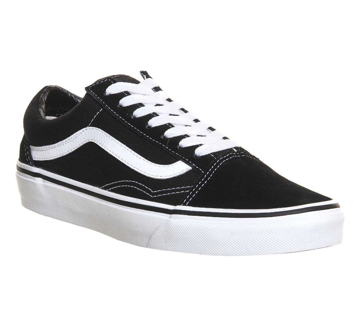 zapatos negros vans