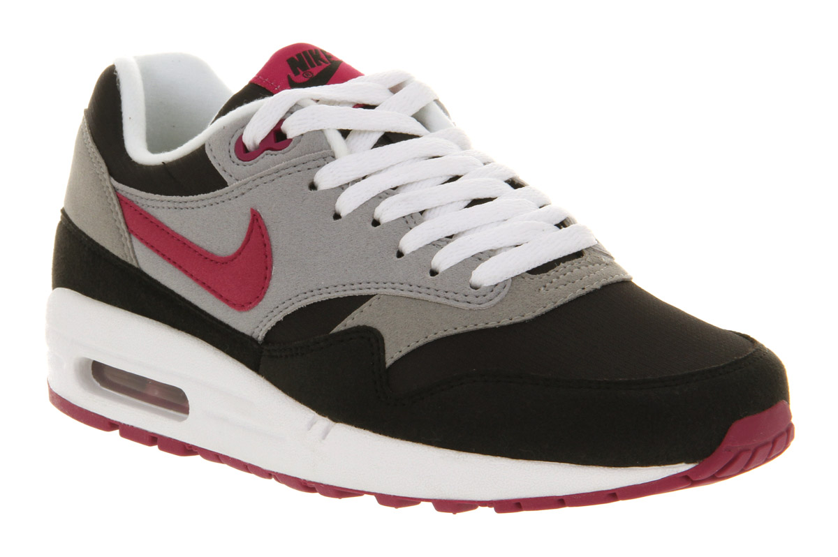 in stock catch reliable quality Pink Nike Air Max 1 leoncamier.co.uk