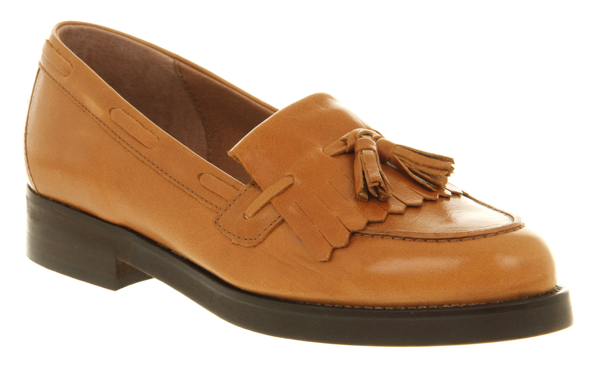Free shipping and returns on Women's Beige Loafers & Slip-Ons at coolzloadwok.ga