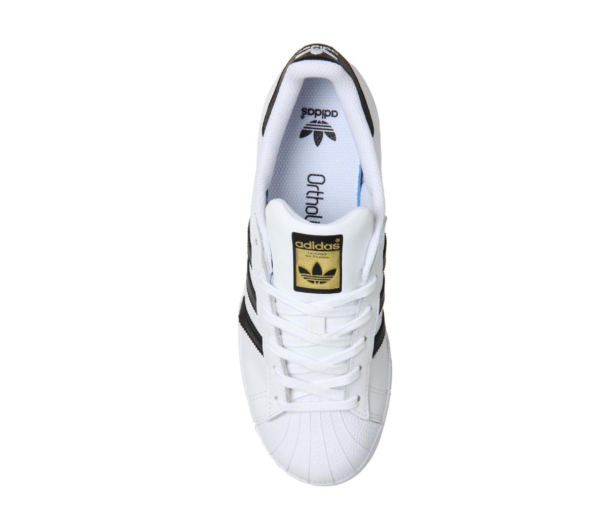 Short-femme-ADIDAS-SUPERSTAR-NOIR-BLANC-Fondation-Baskets-Chaussures