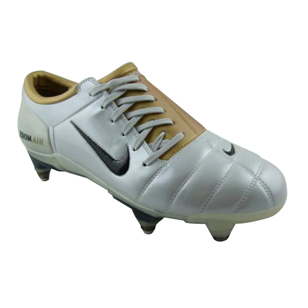 8fd0ebf9eb 2004 nike air zoom total 90 iii football boots Save on Nike Total90 Soccer  Cleats.