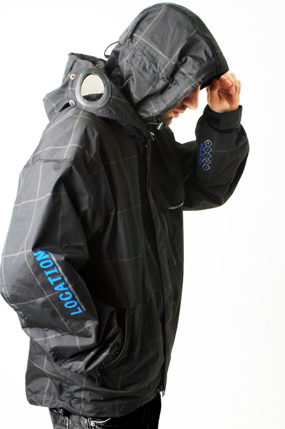 Mens-Location-Goggle-Recco-iPod-Hooded-Coat-Rain-Jacket