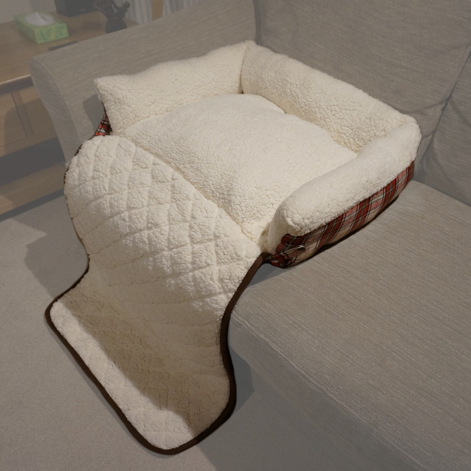 Red Check Folding Cat Dog Sheepskin Fleece Bed Sofa Couch