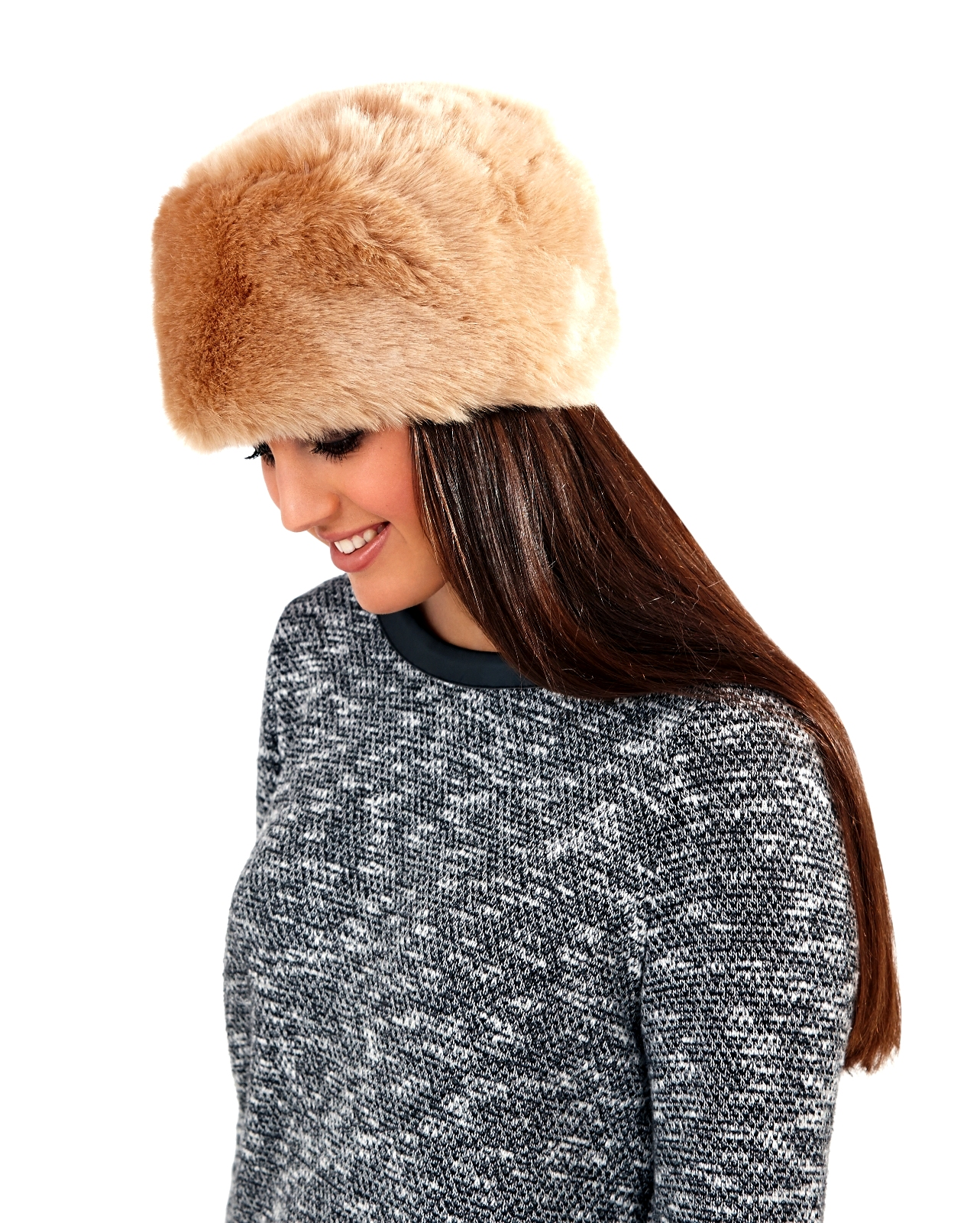 Womens Fashion Fur Hats. Sort By. Sort by Price: Highest to Lowest; Sort by Price: Lowest to Highest Fox fur hats and mink fur hats for women. Feel like a princess wearing the hats in this category. Turn heads as you walk down the street. Nibe from UK May 7,