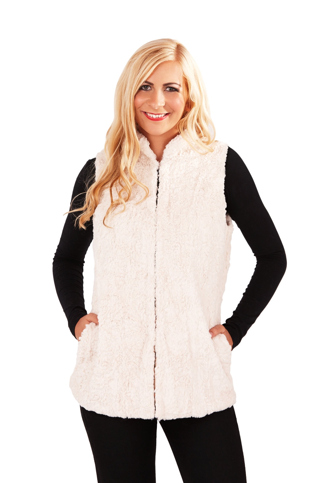 View all ladies clothing Our selection of ladies gilets are ideal for adding style and warmth to any outfit. Featuring quilted and insulated designs as well as padded and fleece gilets, we have a wide variety of choices available.