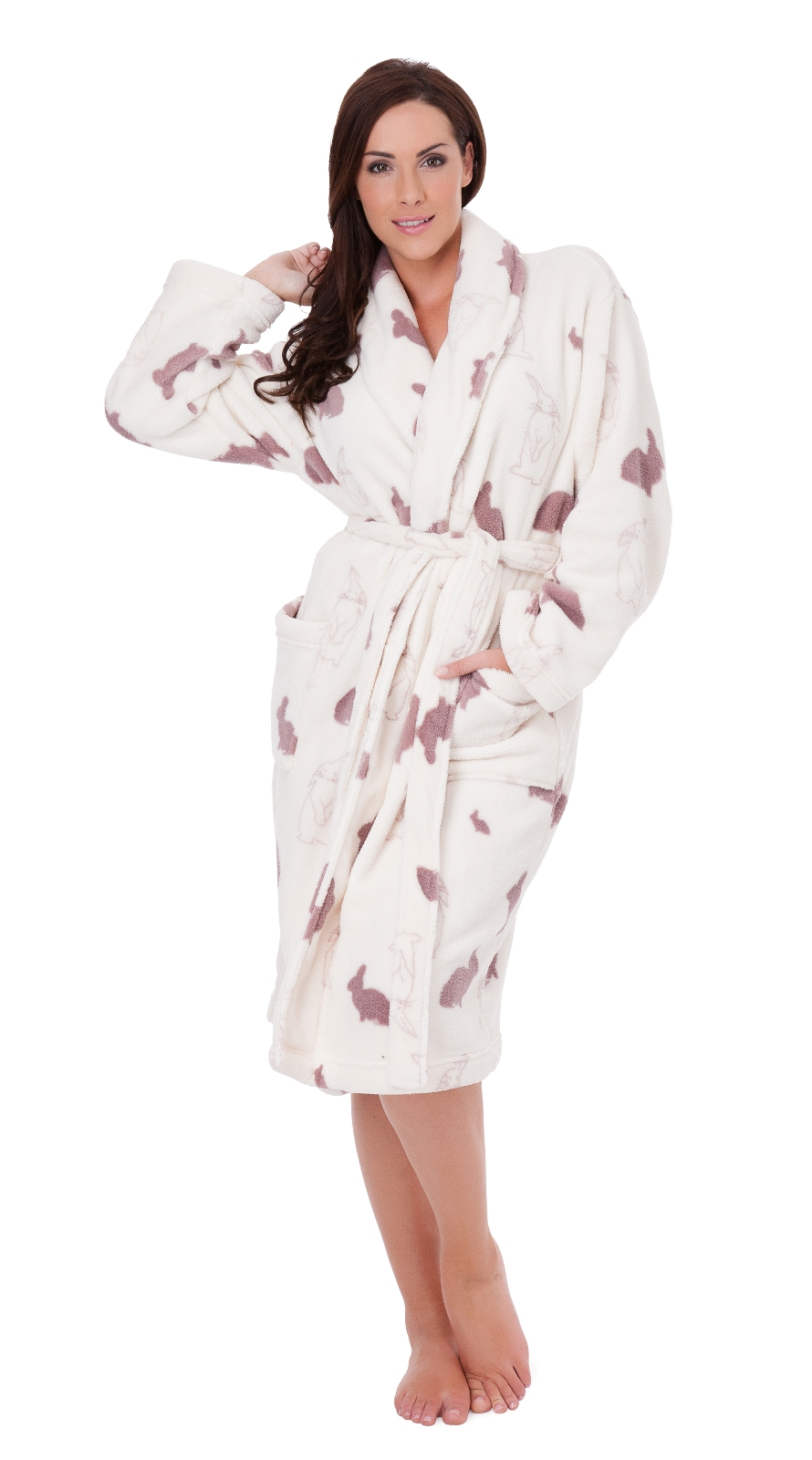 Shop boohoo's gorgeous collection of ladies' dressing gowns, perfect for lounging at home or Team Bride!