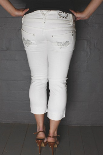Ladies White Capri Pants